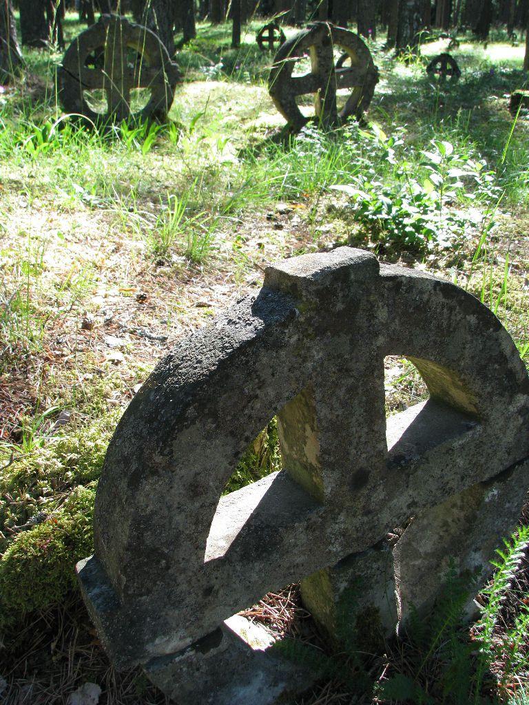 Vormsi kalmistu