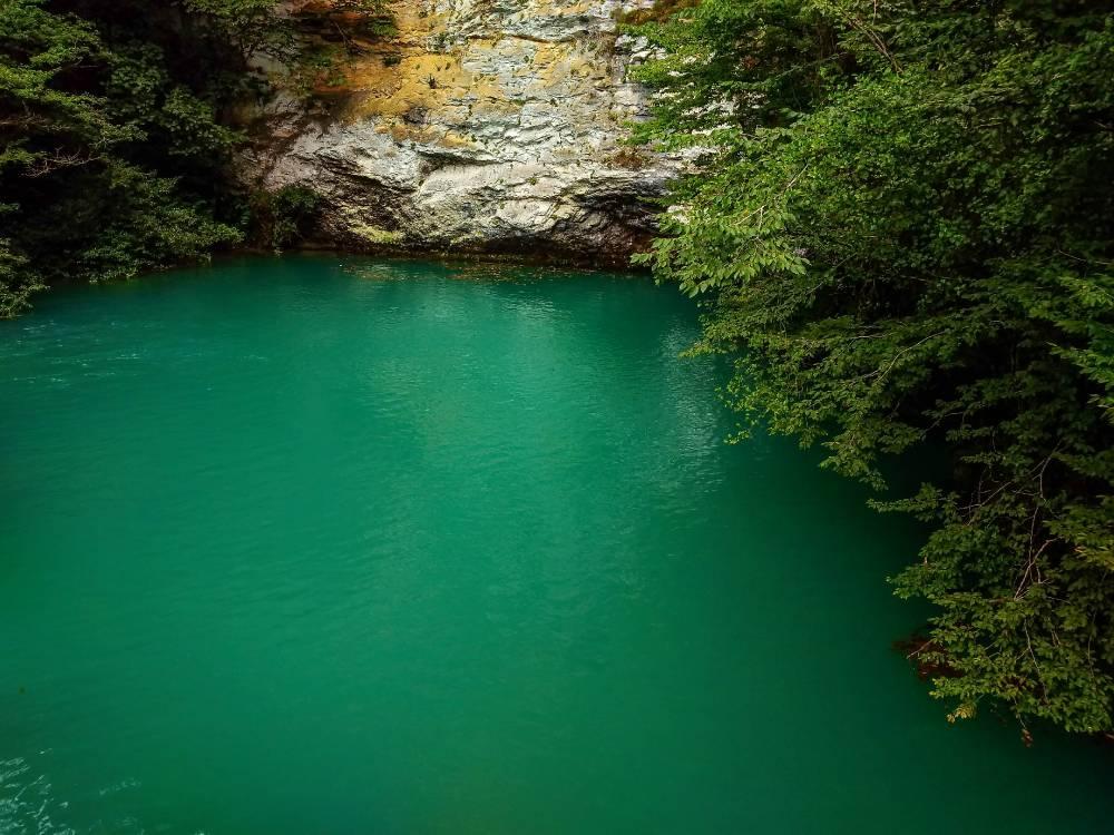 Бездонное озеро
