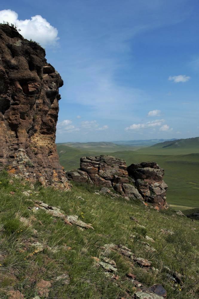 «Священные батыры (богатыри) прошлых веков». Гора Чалпан, озеро Белё.